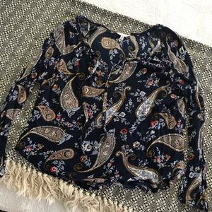 Like New Lucky Brand Top, Size LG
